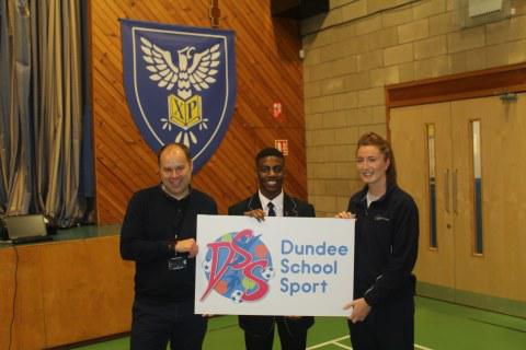 High School Pupil Wins the Logo Competition